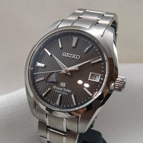 montres de + de 1000 euros - Page 40 Attachment