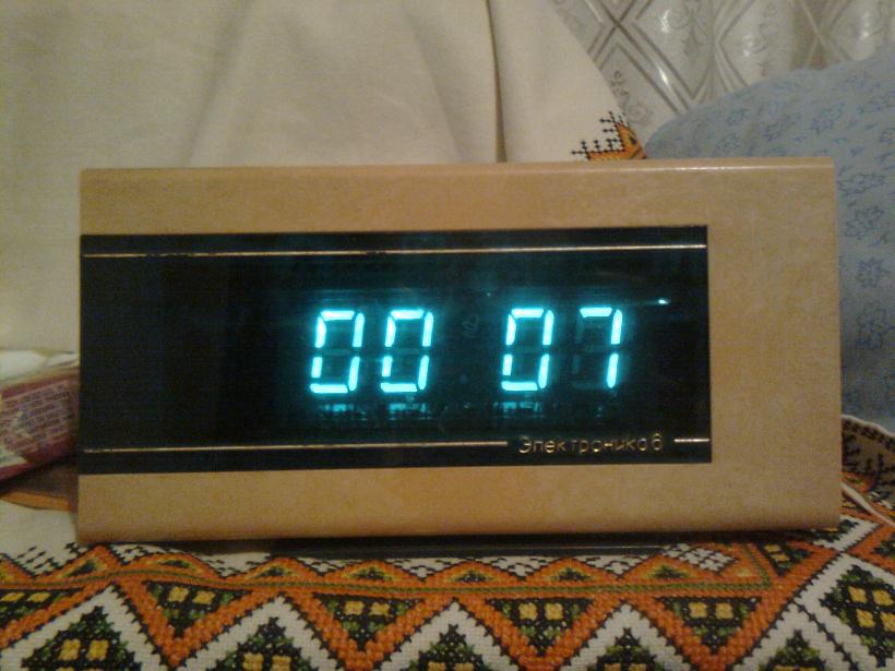 Схема на часы электроника 6 11